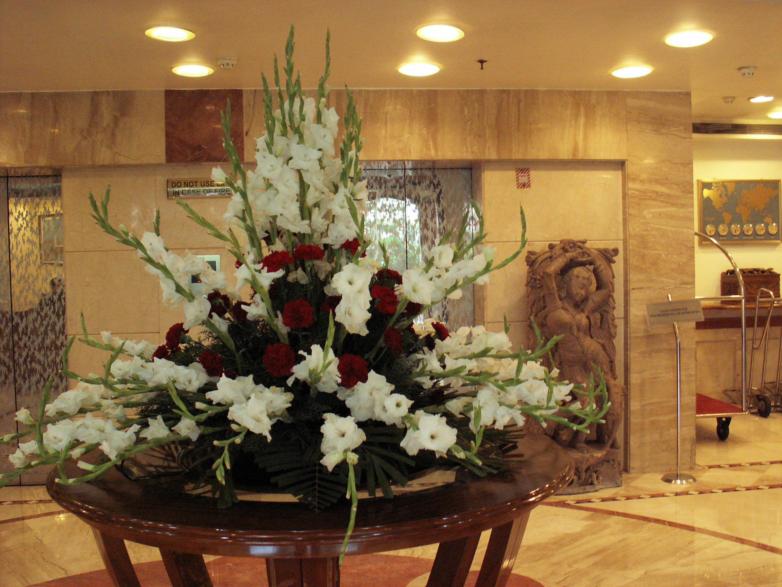 Hotel Foyer Flower Arrangements : Foyer flower arrangement table and for